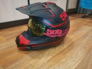 a77bc516ccdb Продам шлем 509 Evolution Carbon размер L, с очками Aviator   WWW ...