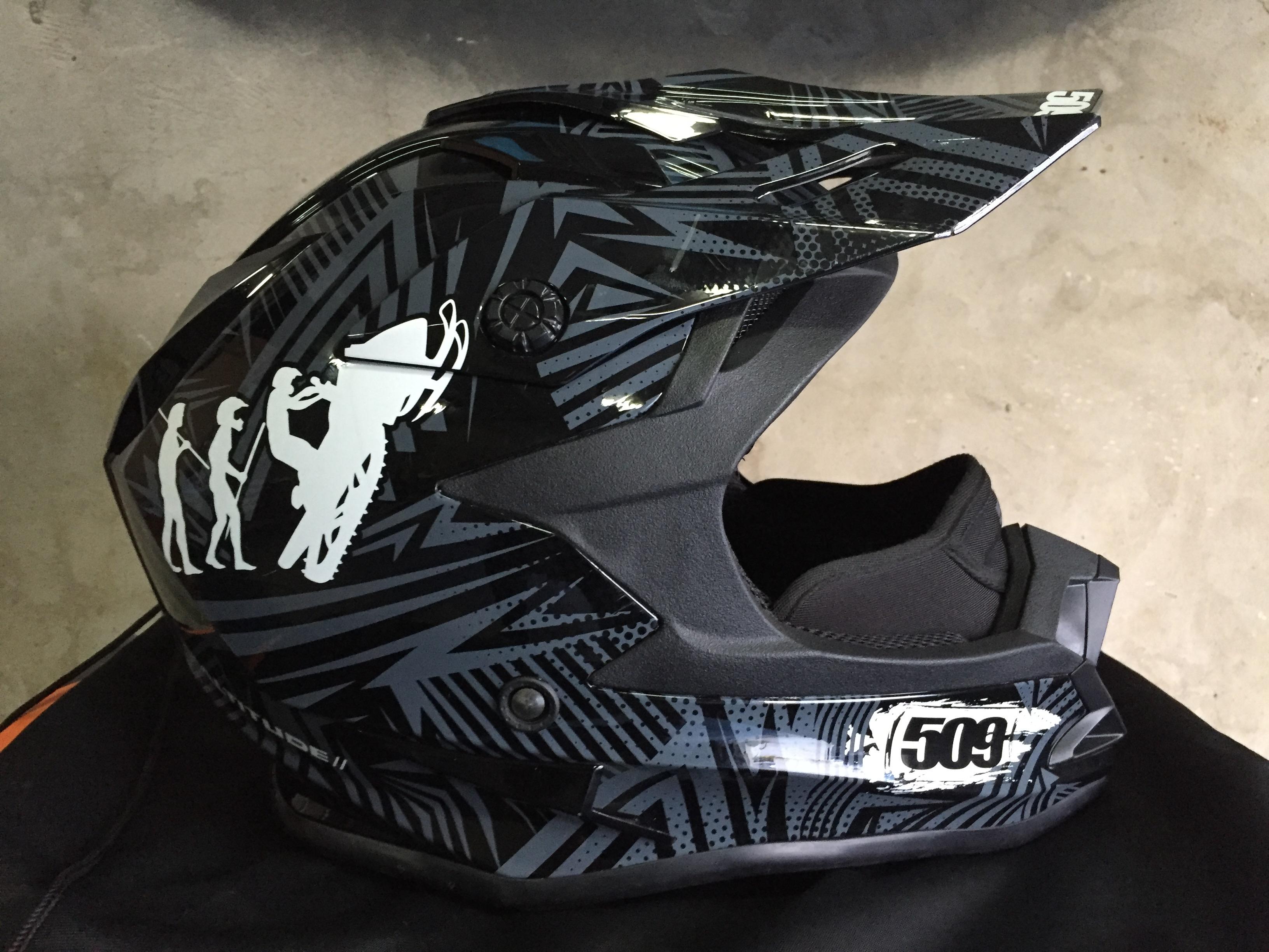17818f8c093f Продам шлем 509 altitude Evolution   WWW.SNOWMOBILE.RU • Снегоходный ...