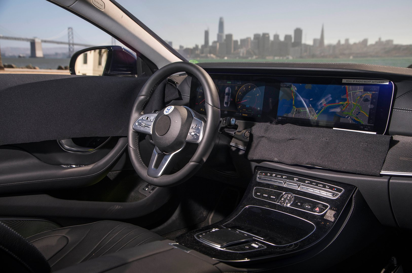 2019-Mercedes-Benz-CLS-Prototype-dashboard.jpg
