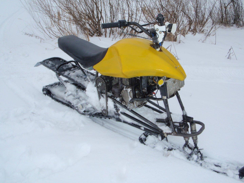 Покатухи на самодельних снегоходах
