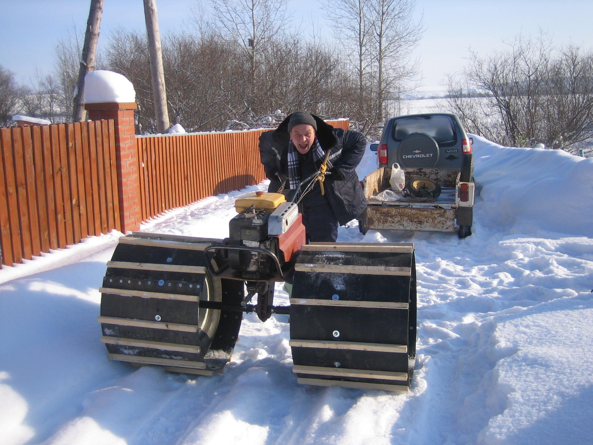 Как сделать снегоходы фото